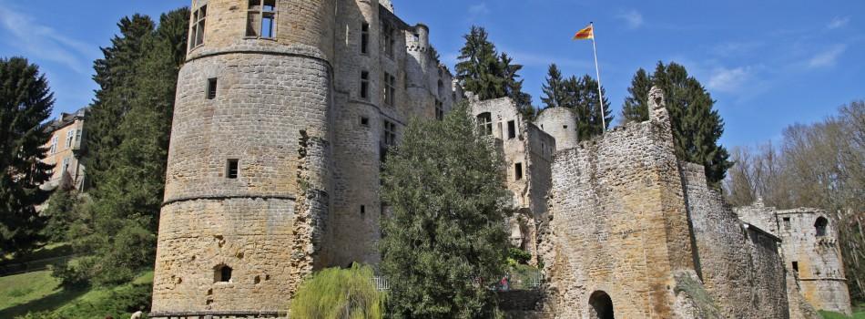 """<a href=""""http://www.youngtimer-association.org/youngtimer-tour-25-septembre-2016/""""><b>Youngtimer Tour – 25 septembre 2016</b></a><p> Le dimanche 25 septembre 2016 aura lieu notre rassemblement avec balade sur le thème des châteaux du Luxembourg. Le point de rencontre sera le parking du Buffalo Grill dans</p>"""